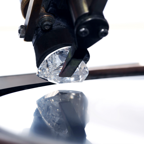 The Graff Venus diamond upon the diamond cutting wheel