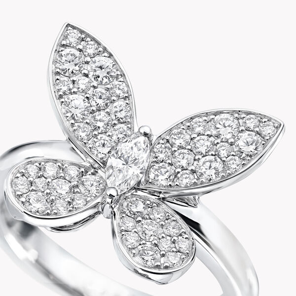 Pavé Butterfly Diamond Mini Ring, , hi-res